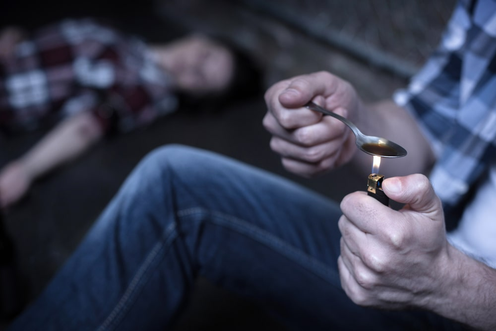 Heroin Overdose Signs and What to Do